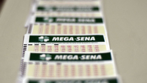 Mega-Sena: Ninguém acerta e prêmio acumula em R$ 21,5 milhões