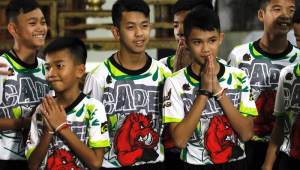 Meninos tailandeses dizem que sua localização por mergulhadores foi milagre
