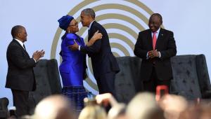 """Obama apela a Mandela contra """"cinismo"""" que ataca democracia"""