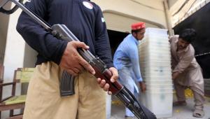 Atentado suicida no Paquistão mata candidato e deixa outros dois feridos