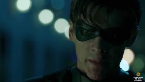 """Robin xinga Batman em primeiro trailer de """"Titans"""""""