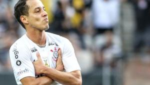 """Rodriguinho diz deixar Corinthians pelo lado financeiro: """"é minha independência"""""""