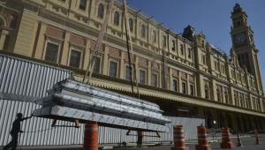 Reconstrução da área externa do Museu da Língua Portuguesa é concluída