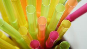 Rio começa a fiscalizar uso de canudos plásticos no comércio