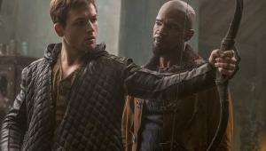 Robin Hood recebe treinamento em trailer eletrizante do novo filme