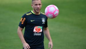 Veja 6 jogadores que devem ser as principais novidades na escalação da Seleção Brasileira