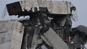 Residências situadas sob ponte que caiu em Gênova não serão mais habitáveis