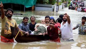 Inundações em região turística da Índia deixam mais de 320 mortos