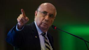 """DF - ELEIÇÕES 2018/UNECS/PRESIDENCIÁVEIS/MEIRELLES - POLÍTICA - O candidato à Presidência da República, Henrique Meirelles (MDB) durante evento com presidenciáveis promovido pela União Nacional de Entidades do Comércio e Serviços (Unecs), em Brasília (DF), nesta terça-feira, 14. Meirelles disse que não é um """"candidato profissional"""" e alfinetou o candidato do PSDB, Geraldo Alckmin, ao dizer que ele """"já foi candidato à presidência anteriormente""""."""