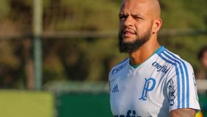 Felipe Melo comenta interesse do Flamengo: 'Minha vida está decidida'