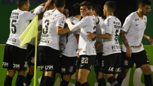 Corinthians vence Chape novamente e avança as semifinais da Copa do Brasil