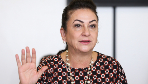 Vice de Ciro, Kátia Abreu admite que só restou 'solução caseira'