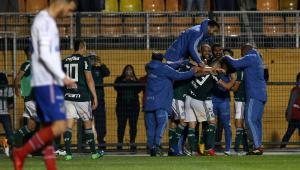 Com gol de Dudu, Palmeiras bate Bahia e avança à semifinal da Copa do Brasil