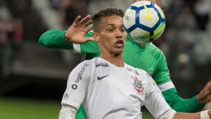 Empresário faz desabafo após Pedrinho ser preterido nas últimas partidas do Corinthians