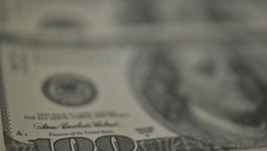 Dólar fecha a R$ 4,124, maior valor em quase um ano