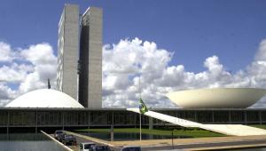 Possível veto à minirreforma eleitoral gera tensão entre Planalto e Congresso