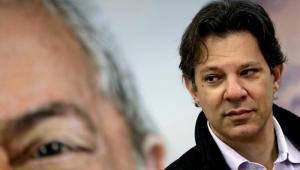 PT insiste em Lula, mas já se prepara para mudar foco