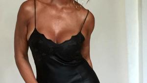 De camisola, Luiza Brunet exibe decote generoso: 'cinquentona espetacular'