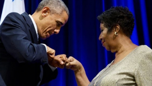 """Obama posta """"textão"""" para Aretha: """"em sua voz sentimos nossa história"""""""
