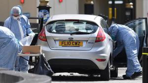 Polícia britânica faz operação em três imóveis e divulga nome de atropelador