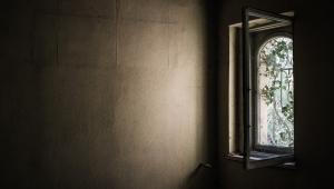 Polícia de Lins (SP) investiga caso de mulher que permaneceu 'reclusa' em casa por 20 anos