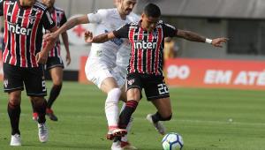 São Paulo empata com Santos, assume liderança, mas Inter ainda jogará nesta rodada