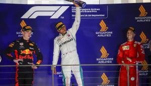 Hamilton ficou exausto para vencer GP de Singapura no final
