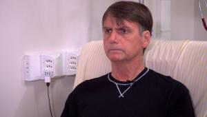 Cirurgia não é complicada, mas exige repouso, diz médico de Bolsonaro