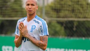 'Exagerado', Deyverson volta ao Palmeiras após três suspensões e cobrança