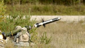 Em represália a Israel, Rússia fornecerá mísseis antiaéreos s-300 à Síria