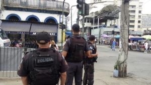 Polícia faz ação para prender acusados de integrar três milícias no RJ