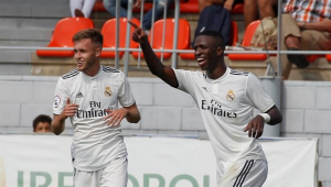 vinicius junior marca dois e real madrid castilla empata atletico de madrid b