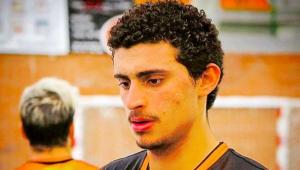 Jogador de vôlei brasileiro é encontrado morto em sua casa na Espanha