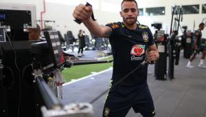 'Veterano' Renato Augusto comemora permanência em novo ciclo da Seleção Brasileira