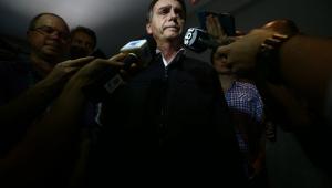 Médico aponta evolução clínica de Bolsonaro e diz que participação em debate depende apenas do candidato