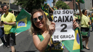 Apoiadores de Bolsonaro realizam atos pelo país; veja as imagens