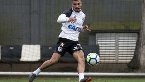 Líder em desarmes, Alison acredita que Santos pode buscar vaga na Libertadores