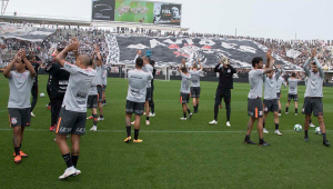 Treino aberto do Corinthians recebe 25 mil torcedores; Jair Ventura mantém mistério