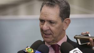 'Não vi intenção de ameaça', diz presidente do STJ sobre fala de Eduardo Bolsonaro