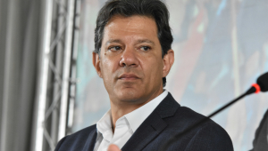 Fake news do PT: Haddad acusa vice de Bolsonaro de tortura