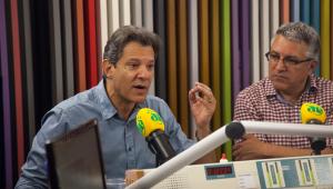 'É uma proposta esdrúxula de quem não conhece nada de educação', diz Haddad sobre projeto de Bolsonaro