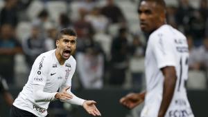 Léo Santos vê final da Copa do Brasil aberta: 'Em mata-mata, o Corinthians é diferente'
