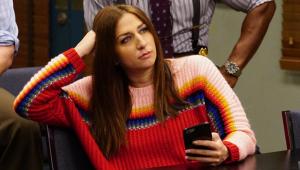 """Chelsea Peretti, a Gina de """"Brooklyn Nine-Nine"""", anuncia saída da série"""