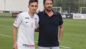Gustavo, ex-Mosquito, é oficializado como novo reforço do Corinthians