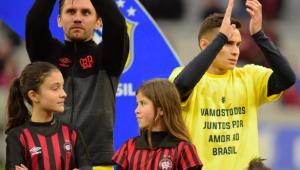 Raphael Veiga diz que jogadores não perceberam suposto apoio do Atlético a Bolsonaro