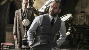 Ezra Miller garante que Dumbledore será 'explicitamente gay' em novo 'Animais Fantásticos'