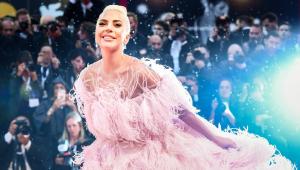 Lady Gaga prepara lançamento de linha própria de cosméticos