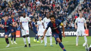 Sem Neymar, PSG arrasa time de Ganso e segue com 100% de aproveitamento no Francês