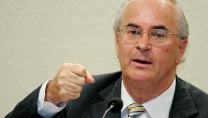 Augusto Nunes: Roberto Teixeira mente mais do que respira