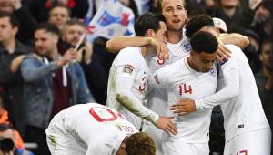 Inglaterra rebaixa vice-campeã do mundo, elimina Espanha e vai para fase final da Liga das Nações